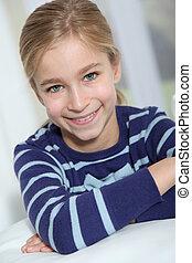 porträt, von, 10-year-old, blond, m�dchen