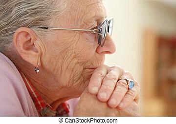 porträt, von, a, älter, woman.