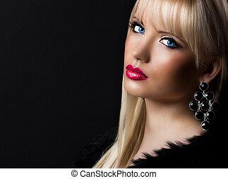 porträt, von, schöne , blond, frau, mit, perfekt, aufmachung