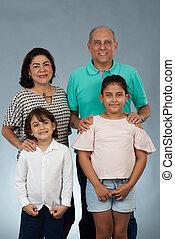 portré, gyerekek, nagyszülők