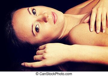 portré, közül, egy, gyönyörű, nude woman, lying.