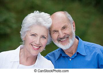 portré, közül, egy, szerető, senior összekapcsol