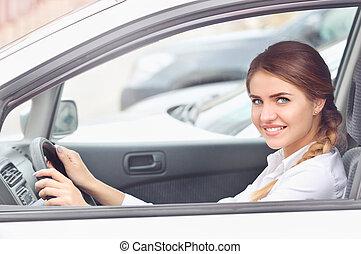 portré, közül, egy, young felnőtt, üzletasszony, kocsiban