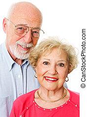 portré, vidám párosít, idősebb ember
