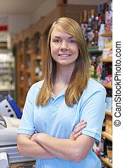 portrét, o, draba assistant, v, supermarket, pokladna