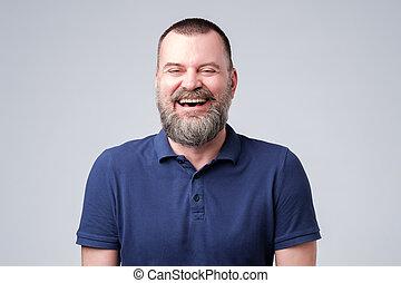 portrait, beau, rire, homme mûr