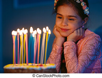 portrait, cake., girl, anniversaire, peu, joli