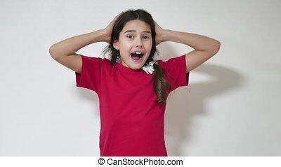 teen-girl-shocked-bathing-girl