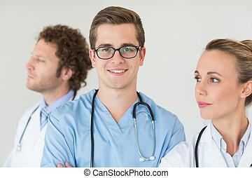 portrait, confiant, mâle, infirmière