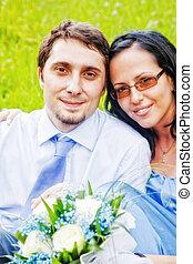 portrait, couple, extérieur, insouciant, heureux