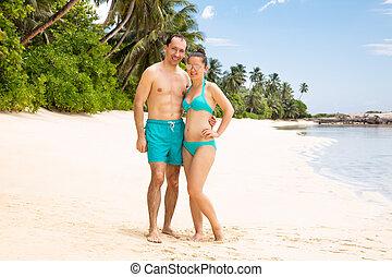 portrait, couple, plage, jeune