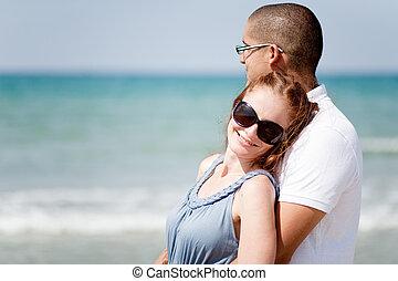 portrait, couple, plage, romantique