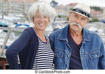 portrait, couple, vacances, personne agee