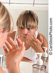portrait, de, a, femme, maquillage demande