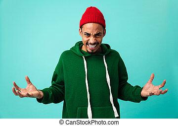 portrait, de, a, furieux, jeune, homme américain afro, dans, chapeau