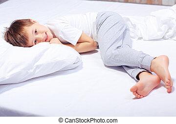 gar on lit r ver r ver gar on sien lit voiture. Black Bedroom Furniture Sets. Home Design Ideas