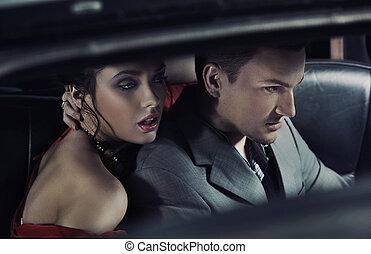 portrait, de, a, mode, paire, dans voiture