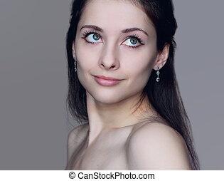 portrait, de, beau, romantique, girl, à, pensée, calme, yeux, regarder, haut., closeup