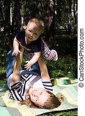 portrait, de, heureux, aimer, mère, et, elle, bébé, dans, été, parc