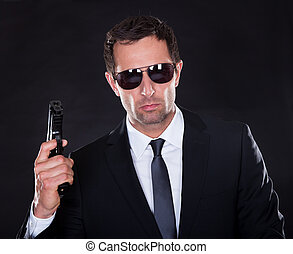 portrait, de, jeune homme, à, fusil