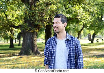 portrait, de, jeune homme, dans, a, park.