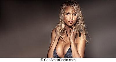 portrait, de, séduisant, blond, lady.