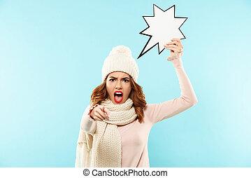 portrait, de, une, fâché, furieux, girl, habillé, dans, vêtements hiver