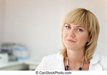 portrait, docteur féminin