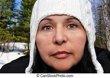 portrait, femme, chapeau, hiver
