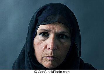 portrait, femme, musulman, dramatique