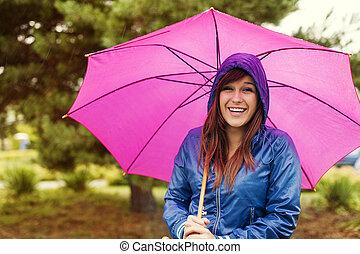 portrait, femme, parapluie, heureux
