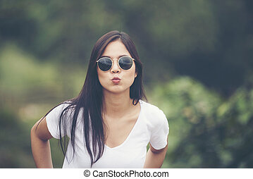 portrait girl on outdoors with sunglasses