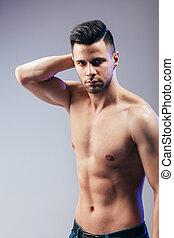 portrait, musculaire, homme, poser, sans chemise, sexy