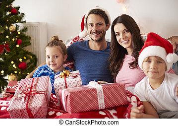 portrait, noël, famille, heureux
