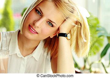 Portrait of a attractive happy woman