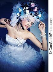 Portrait of a beauty lady with diamonds