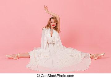 girl sitting on a splits