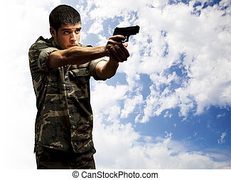 soldier aiming