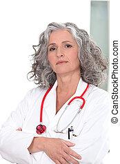 Portrait of an authoritative doctor