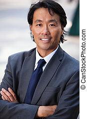 Portrait of businessman smiling - Portrait of an attractive...
