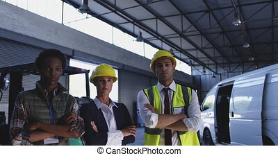 Portrait of diverse group of warehouse staff 4k - Close up ...