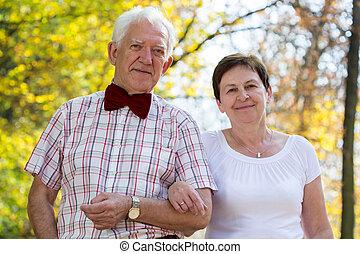 Portrait of senior marriage couple