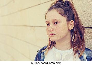 Portrait of teenage girl outdoor