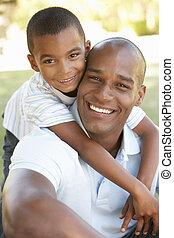 portrait, père, heureux, parc, fils