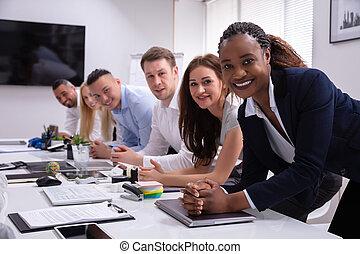 portrait, personnel, multi-culturel, bureau, heureux