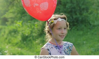 portrait, peu, adorable, balloon, girl