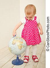 portrait, peu, globe, girl