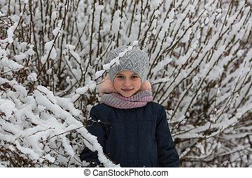 portrait, peu, park., hiver, girl