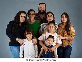 portrait, sourire heureux, famille, grand