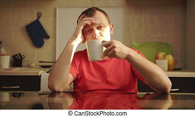 portrait, thé, chouchou, ensoleillé, table, homme, appareil photo, regarder, repaire, cuisine, clair, séance